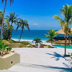Marival pool and beach